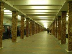 Станция метро Первомайская